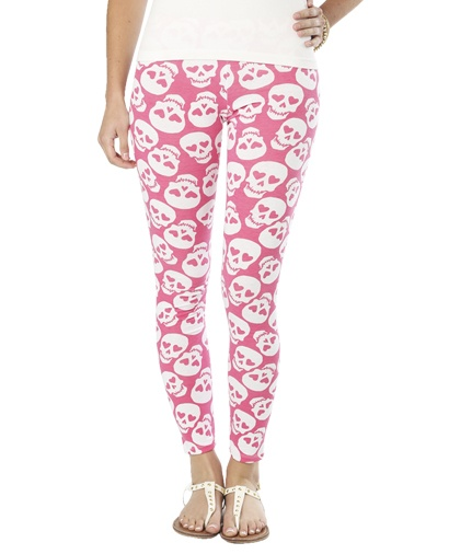Pink skull leggings<3 these under ripped jeans!!! I want these <3<3<3
