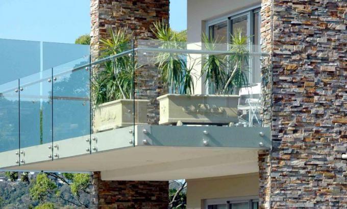 Natural Stacked Stone Veneer Facade