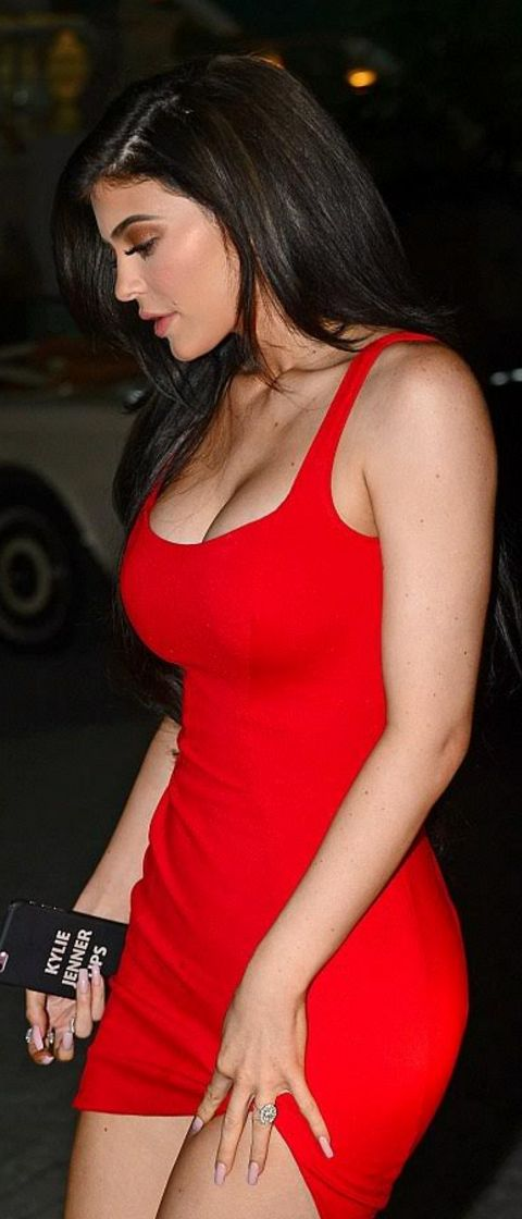 Who made  Kylie Jenner's red mini dress?