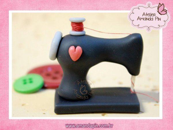 Atelier Amanda Pin - Máquina de Costura de Biscuit - C.5.12                                                                                                                                                      Mais