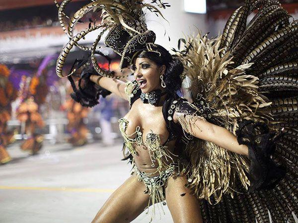 Rio Carnival to go — http://topclub.ua/blog/news/top-uikend-karnaval-v-rio-de-zhanejro