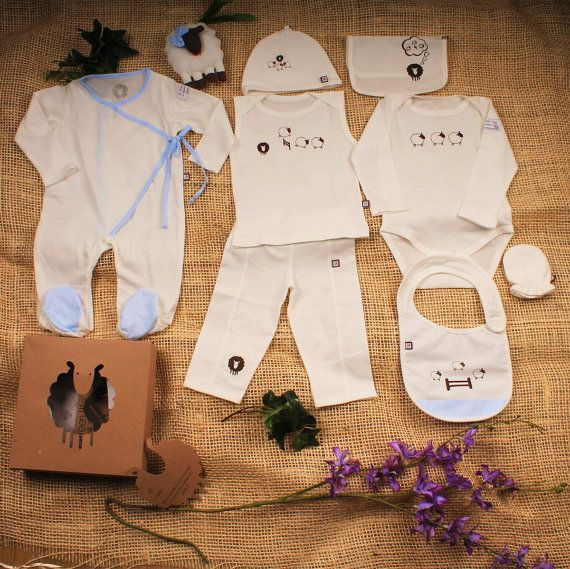 Organic Baby Clothes, Baby gift Set, 8 pieces set and one sheep toy, Newborn Outfit, Baby boy Clothes, Going Home Outfit.    Beautiful Organic baby set, made with the best organic Peruvian cotton.  Perfect going home outfit    Contains 8 pieces :    Kimono Pyjama ,  hat, mitts, bib, body long sleeve, thank shirt, pants, burp cloth and  Sheep toy in beautiful sheet box. | Shop this product here: spreesy.com/MYGRENLIFE/16 | Shop all of our products at http://spreesy.com/MYGRENLIFE…