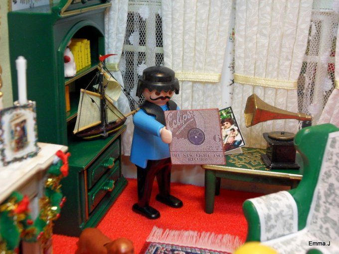 Playmobil by emma j victorian christmas living room for Playmobil living room 4282