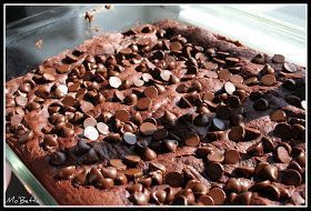 Super easy Chocolate Dump Cake...Brownie like. Cake mix, Jello pudding, milk and chocolate chips. Gonna try this now with Sugar Free cake mix, SF Pudding and Sugar Free Choc Chips I found at Staters.