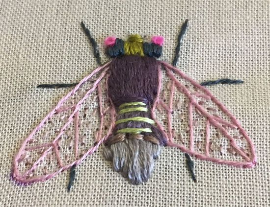 gestickte Fliege von Karen Marie Dehn