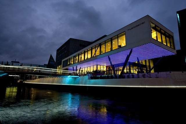 Holstebro - Concert Hall - Denmark. Lighting products: iGuzzini illuminazione #iguzzini #light #lighting #bridge #inspiration
