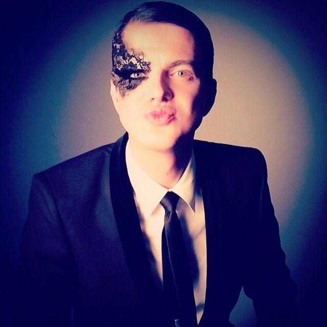 #feather and #lace. #glowbyaffan #makeup #mua #nymua #nycmua #operasinger #met #paris #makeupartist #nyc