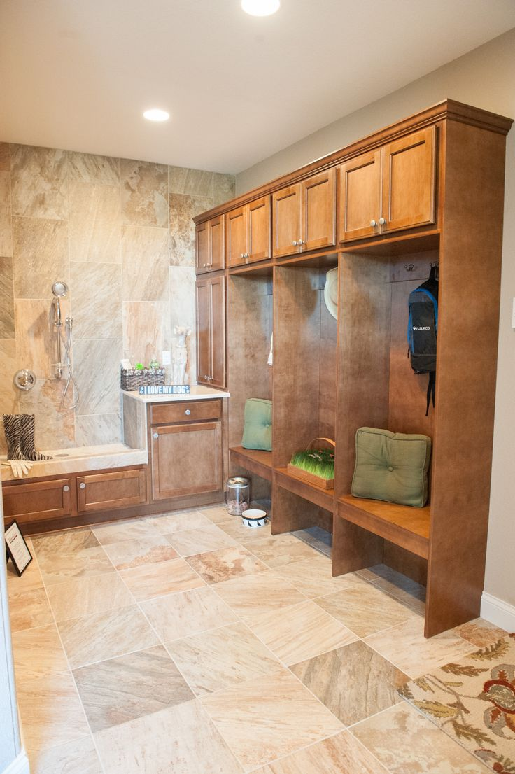 Your Model Home: The 2013 Le Ceil Parade Model, Mud Room Featuring Lockers