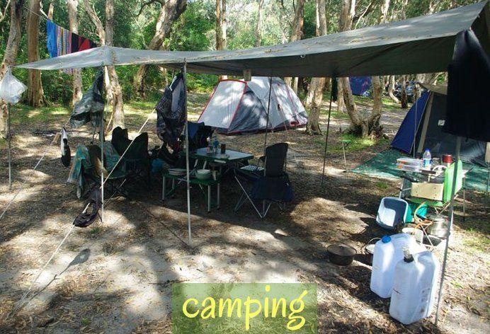 Tent Camping Kitchen Setup Camping Zelt Camping Kucheneinrichtung Campinglogo Campingcampismo Tent Camping Kitchen Set In 2020 Campsite Setup Camping Tent Camping