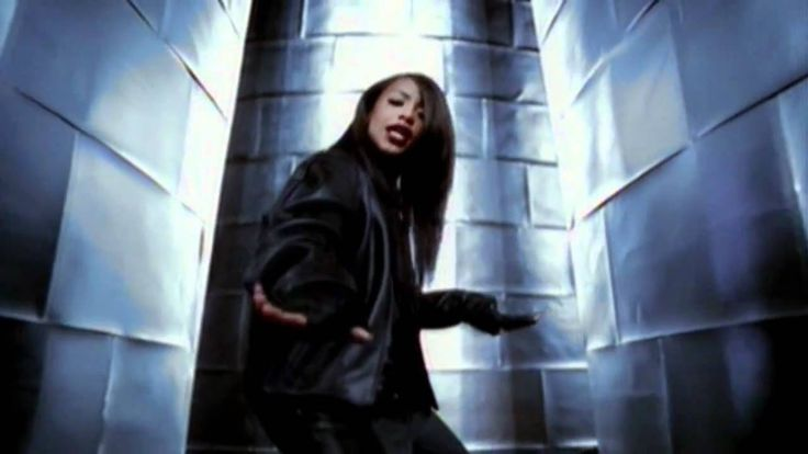 Aaliyah - Are You That Somebody (Official HD Video) reminds me of Rachel and Joey from Friends when she was pregnant. And Amy and Ben from Secret Life when she was pregnant.