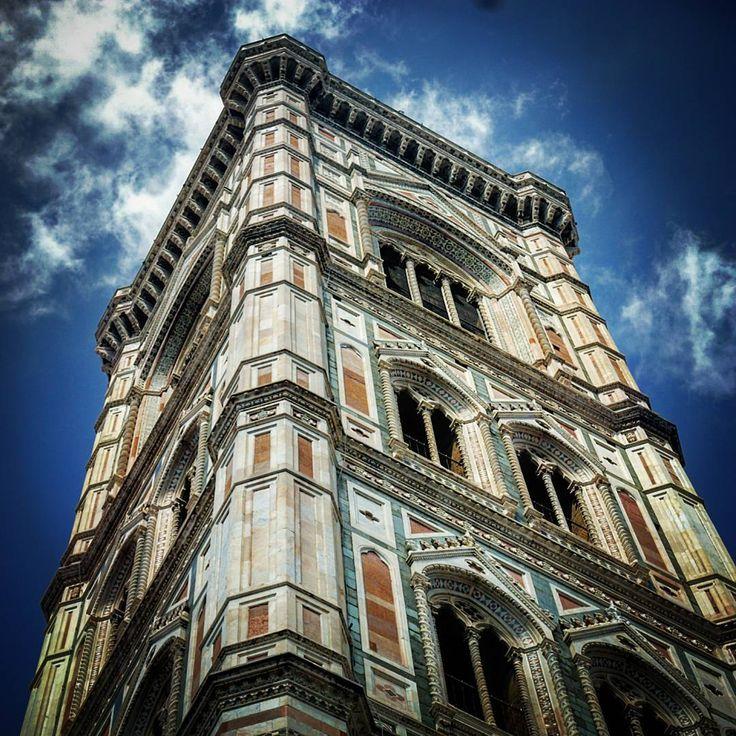 """Giotto's bell tower (Cattedrale di Santa Maria del Fiore), Firenze, Tuscany  #giotto #belltower #tower #bell #cateddrale #santamariadelfiore #cathedral…"""