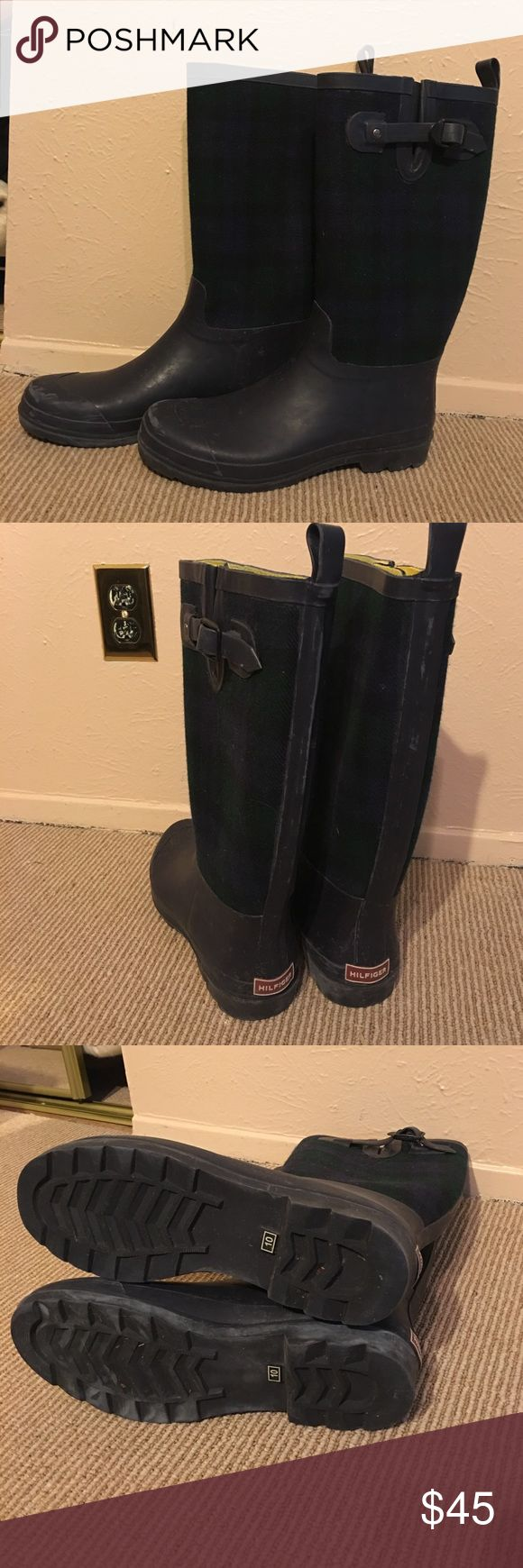 Tommy Hilfiger rain boots Only worn twice! Like new! Blue and green plaid fabric and navy soles. Yellow inside. Tommy Hilfiger Shoes Winter & Rain Boots