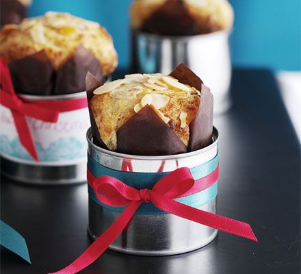 Perfect for an indulgent brunch over the Christmas holidays, these little Italian treats are rich and devilishly buttery