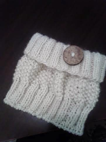 My Teddy Tales: Knitted boot Cuffs