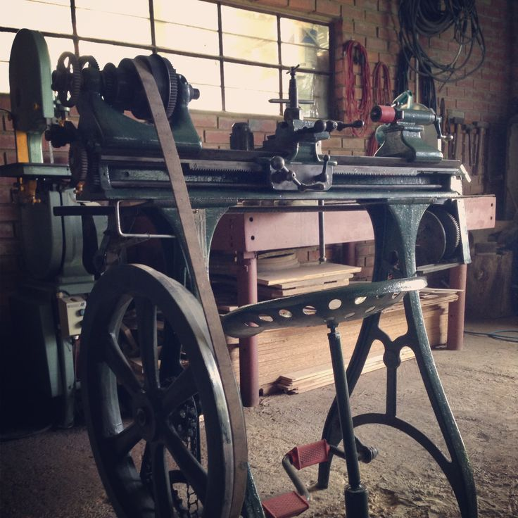 Old Lathe at the Woodturner's Union, Pretoria.