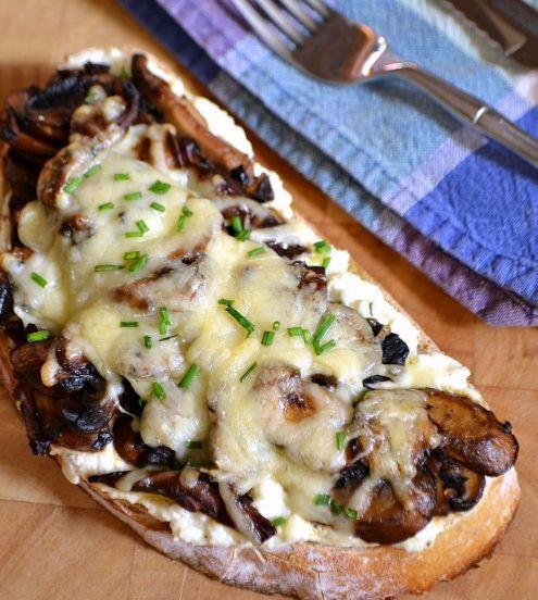 MUSHROOM RICOTTA OPEN-FACED SANDWICH #mushroom #vegetarian