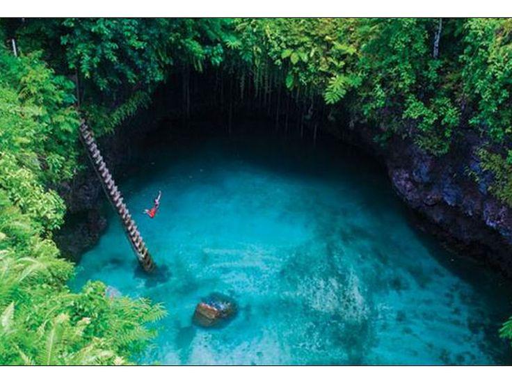 1234567891011121314154. Une piscine naturelle dans le village de Lotofaga, Samoa  Cascade dans le parc du Yosemite en Californie, Etats-Unis   La plage de Musha Cay, Bahamas   La foret de pierre d'Hunan, Chine   Saint Barthelemy,