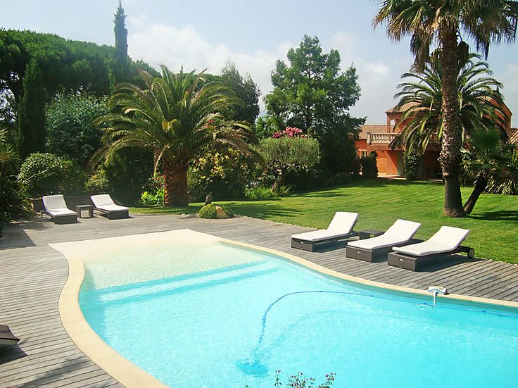Holiday home with a nice garden and pool in St. Tropez #france #pool