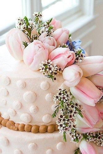 bruidstaart-bloemen-roze