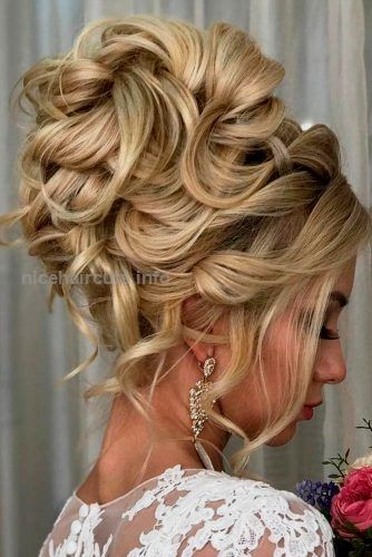 Lovely Homecoming Updo Hairstyles picture 3…  Lovely Homecoming Updo Hairstyles picture 3  http://www.nicehaircuts.info/2017/06/14/lovely-homecoming-updo-hairstyles-picture-3-2/