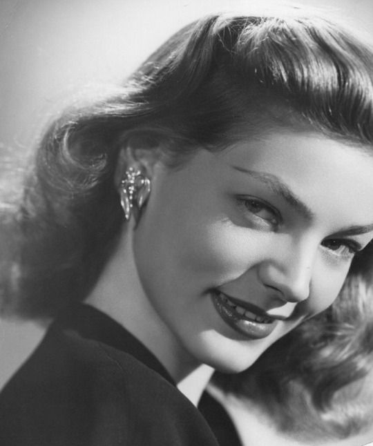 732 best Lauren Bacall images on Pinterest Lauren Bacall Movies