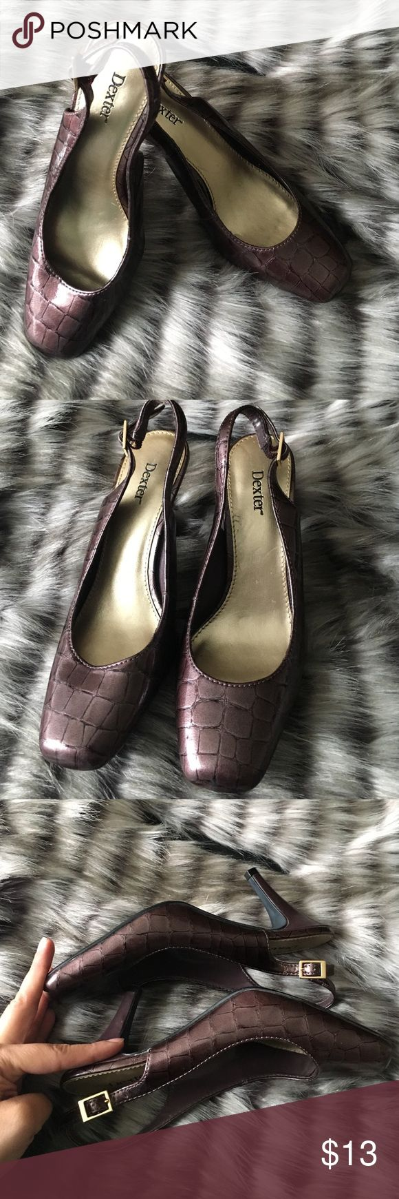 Dexter Brown Women's Slingback Size 6.5 This listing is for a pair of gently used Dexter Brown Slingbacks with gold hardware has small heel. No scuffs just a what's shown in pic. These need a new loving home. No box included. dexter Shoes Heels