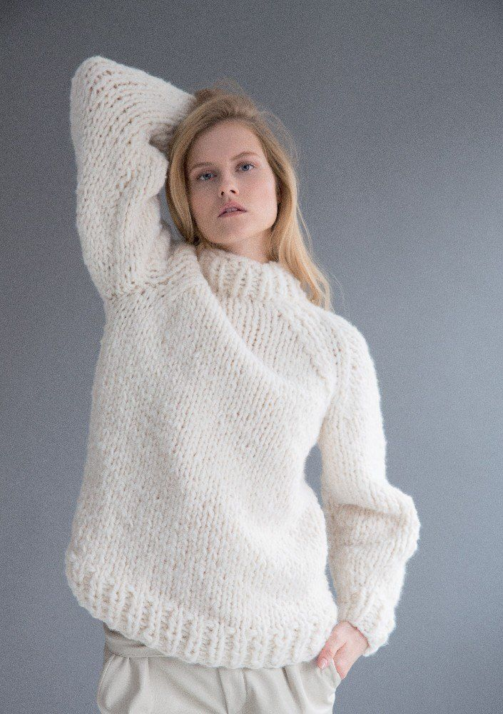 41050deff672e Sweater in Rico Creative Bonbon Super Chunky Uni - 382 - Leaflet. Discover  more patterns by Rico at LoveKnitting. We …