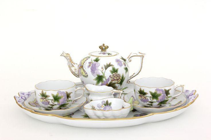 Herend - Királynői módon gratulál a Herendi Porcelánmanufaktúra Zrt. Katalin hercegné és Vilmos cambridge-i herceg kislányához.