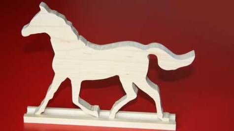 Houten silhouet paard