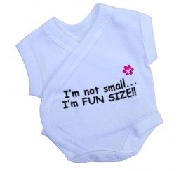 Preemie NiCU Bodysuit - Fun Size print PREEMIE HELP PREEMIE CLOTHES RANGE The entire collection of Preemie Help Clothing is designed specifically for preemie babies.
