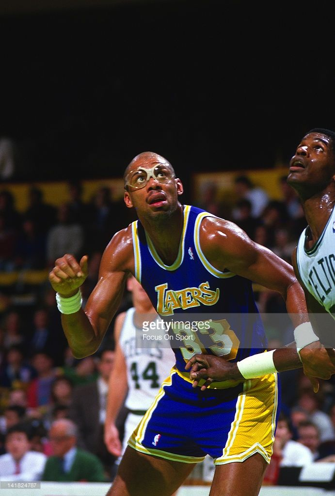 Kareem Abdul-Jabbar #33 of the Los Angeles Lakers fights for position with Robert Parish #00 of the Boston Celtics during an NBA basketball game circa 1984 at The Boston Garden in Boston, Massachusetts. Abdul-Jabbar played for the Lakers from 1975-89.