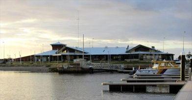 Mandurah Offshore Fishing & Sailing Club: What floats your boat? A wonderful location with direct access to the ocean, excellent marina facilities, world class sporting events, recreational water based activities, junior and adult training programe and competitions, relaxed hospitality, a warm welcome, an active social life or a proactive community program?