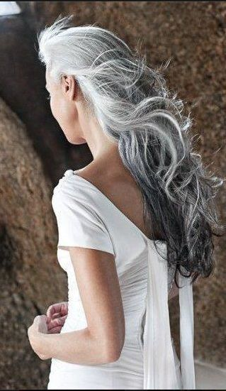 Gorgeous gray... give me a few more months & this will be me :)