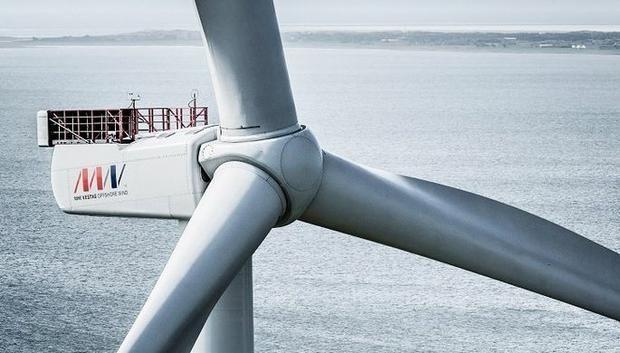 В Дании появилась самая мощная ветряная турбина в мире http://joinfo.ua/inworld/1195843_V-Danii-poyavilas-samaya-moschnaya-vetryanaya.html