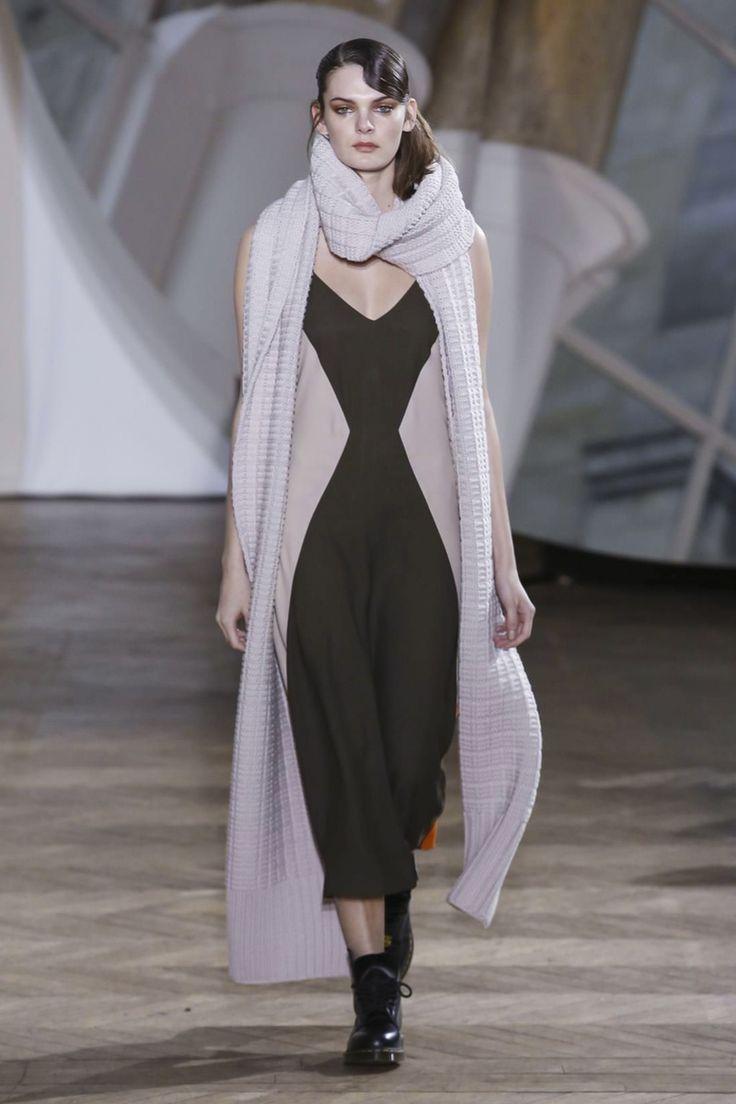 Gauchère Ready To Wear Fall Winter 2016 Paris