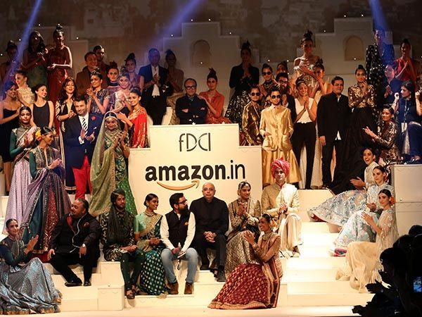 The most awaited moment has arrived! The Grand Finale of #AIFWSS16 is here.
