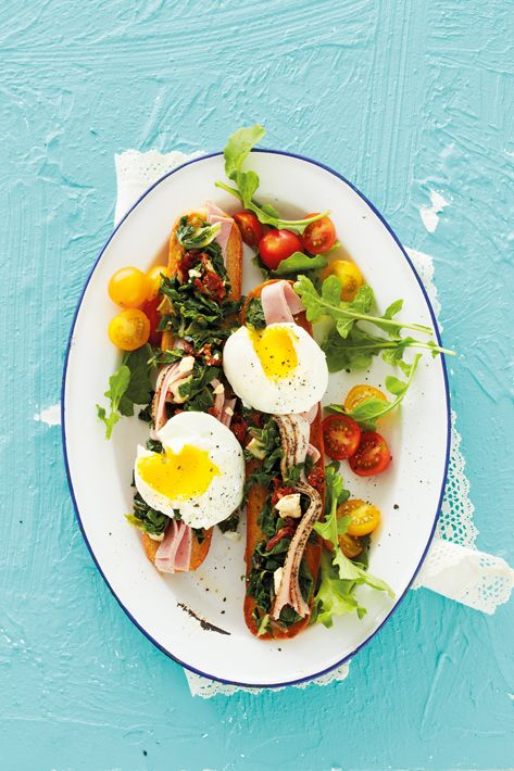 Spinach and feta toasts with poached egg