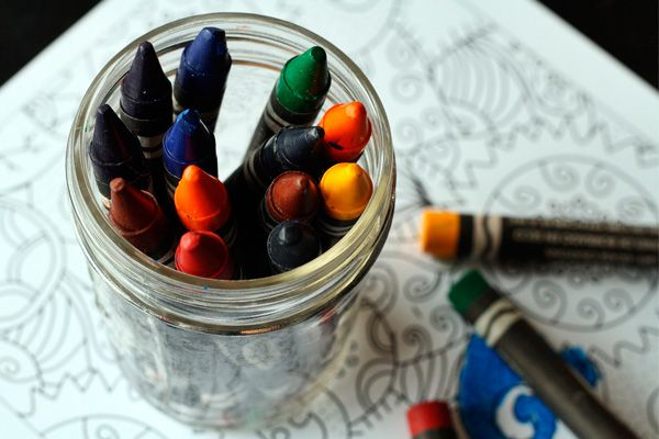 Descubre nuestra selección de los 5 mejores blogs de educación infantil y halla nuevas ideas, actividades, trucos y consejos para los peques.
