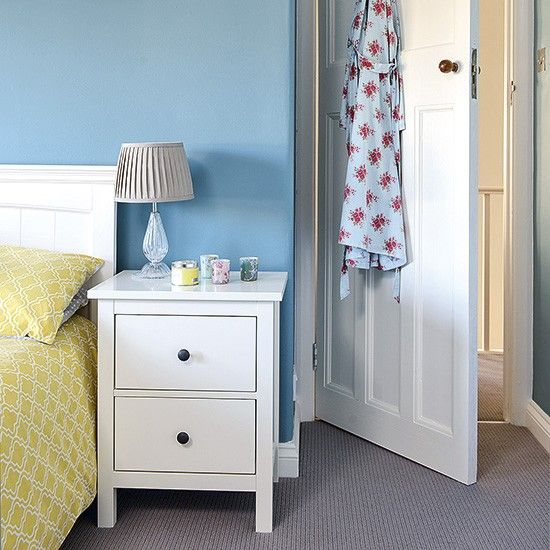 1000 Ideas About White Bedside Tables On Pinterest