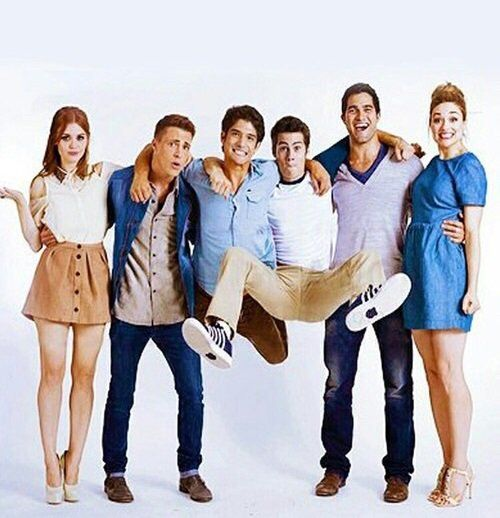 Holland Roden, Colton Haynes, Tyler Posey, Dylan O'Brien, Tyler Hoechlin, and Crystal Reed