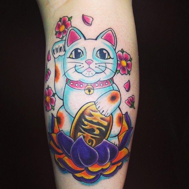 46 best cat tattoos design images on pinterest cat tattoos cat tattoo designs and cool tattoos. Black Bedroom Furniture Sets. Home Design Ideas