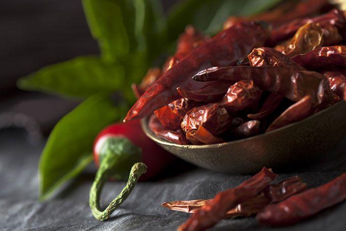 Эти 10 продуктов помогают сжигать больше калорий, чем содержат сами. Они ускоряют обмен веществ, дают ощущение сытости на длительное время. Смело вводите их в свой рацион и худейте.