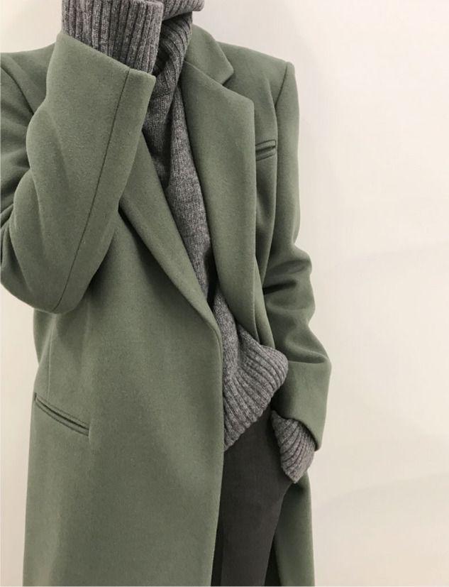 grey / green / minimal
