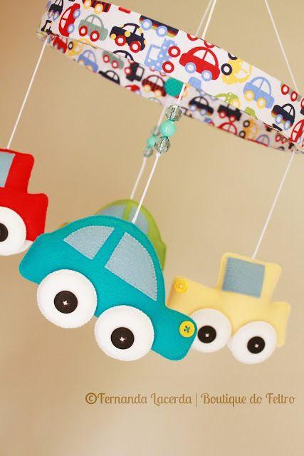 Mobile Carrinhos http://inspiresuafesta.com/moldes-carrinhos-em-feltro/
