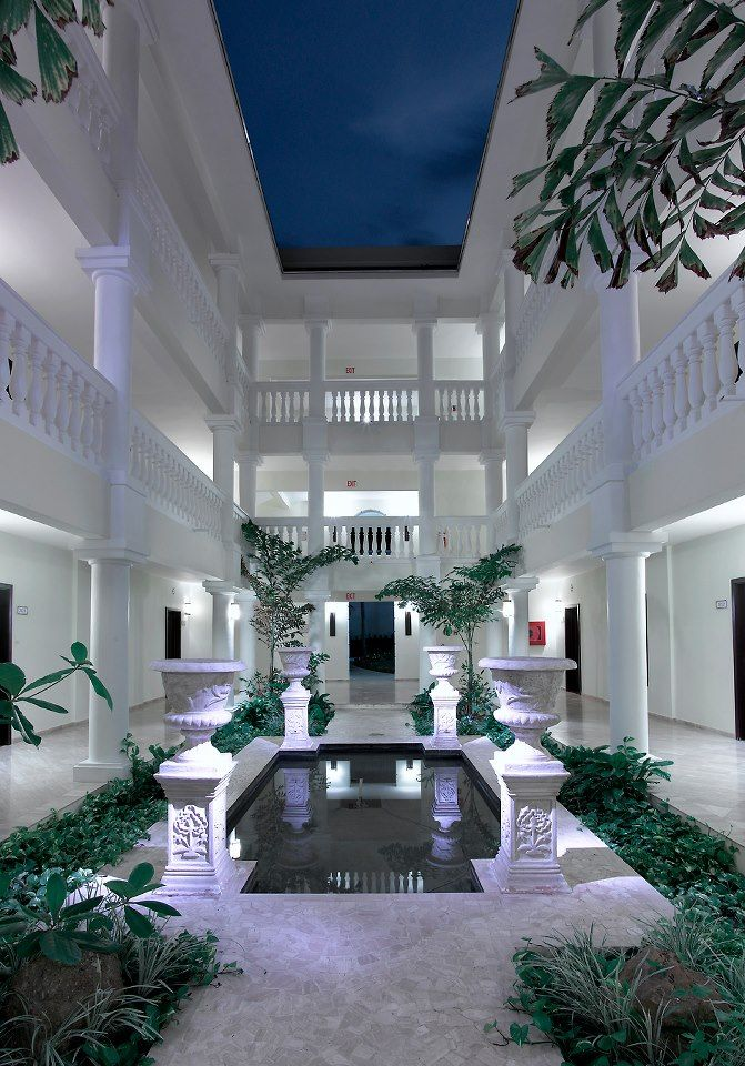 Grand Palladium Jamaica Resort & Spa - All Inclusive | Inside one of the villas | View Resort Details!
