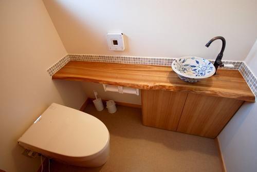 トイレの手洗いカウンターを選んでこだわりの空間に♪   リフォーム費用・価格・料金の無料一括見積もり【リショップナビ】