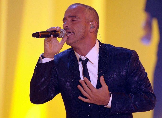 Fra pochi giorni Eros Ramazzotti si esibirà a Milano: scaletta brani del concerto ottobre 2015.