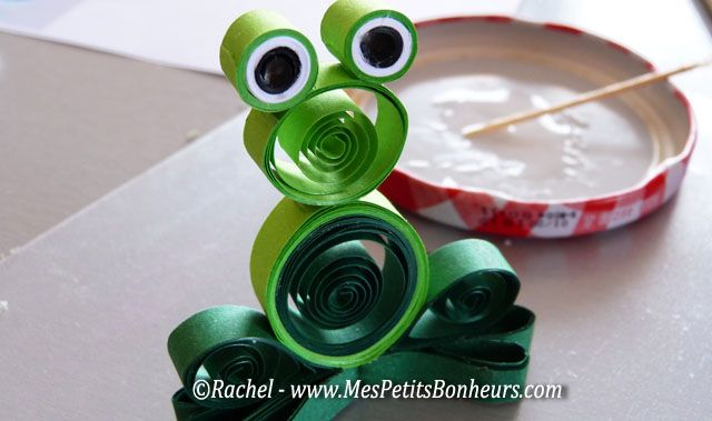 grenouille quilling collée