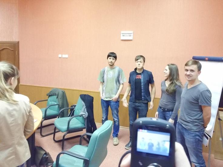 19.10. Студенты во время занятия по Стратегии, которое ведет Дарья Батамирова. Мы снимали видео, так что ждите, совсем скоро мы его вам покажем.