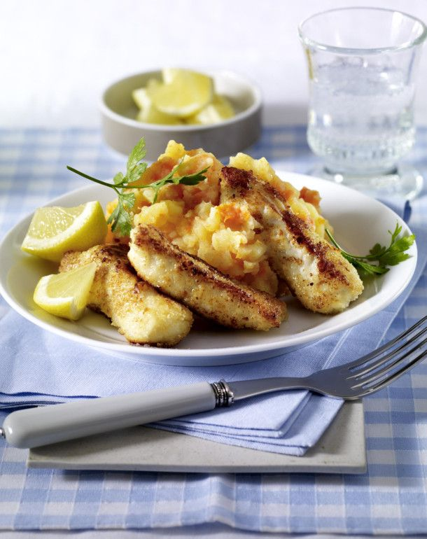 Unser beliebtes Rezept für Fischstäbchen XXL vom Backblech zu Kartoffel-Möhren-Püree und mehr als 55.000 weitere kostenlose Rezepte auf LECKER.de.